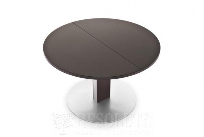 Стол металлический со стеклом Olivo&Ggodeassi 4756-RD Thesis