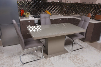 стол обеденный Manchatten Nicolas